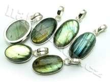 přívěsek labradorit kameny šperky